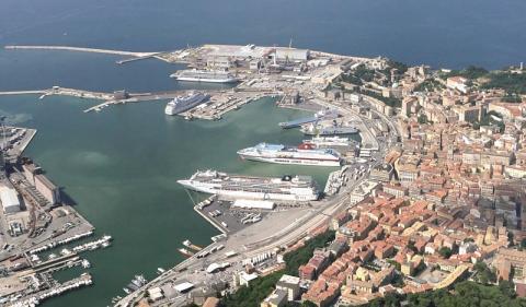 Cruise to Ancona ! - Κεντρική Εικόνα