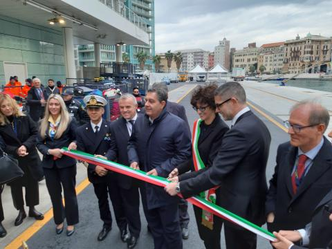 Inauguration of the updated cruise Calata delle Vele quay in Savona - Κεντρική Εικόνα