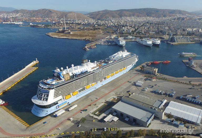 Piraeus Port welcomes Royal Caribbean's Ovation of the Seas - Κεντρική Εικόνα