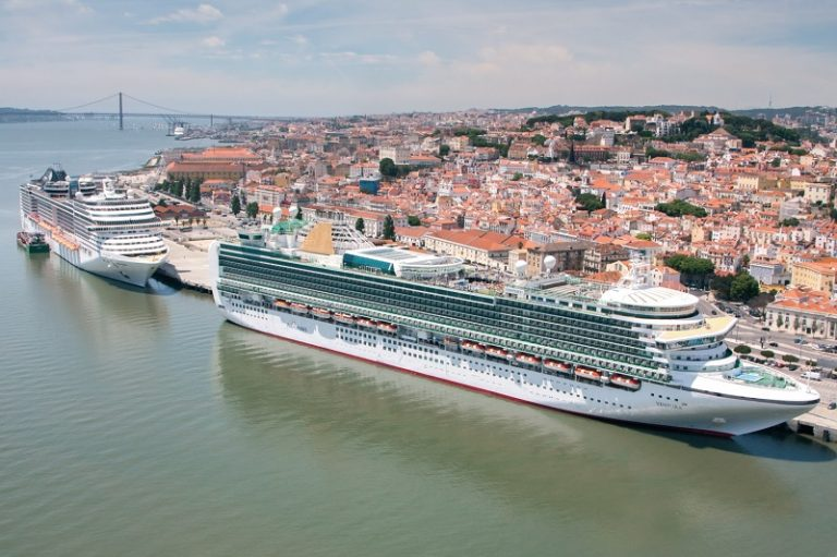 Cruise to Lisbon ! - Κεντρική Εικόνα