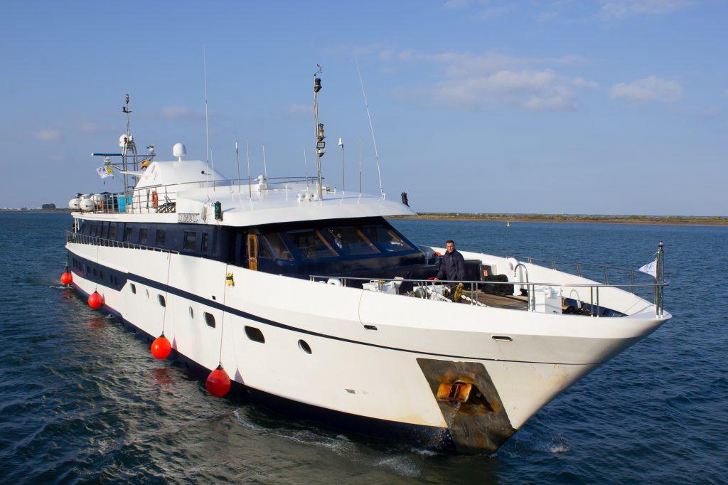 Levante Pier welcomes Cruise ship Harmony G  - Κεντρική Εικόνα