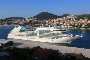 Dubrovnik welcomes Seabourn Ovation at her maiden call - Κεντρική Εικόνα